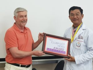 dr. youlay receives clubfoot hero award